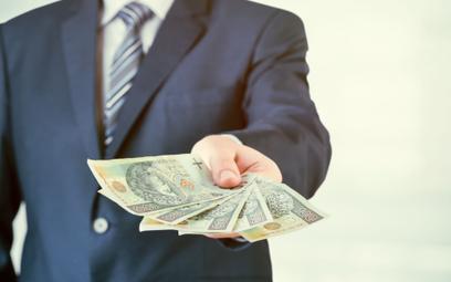Samozatrudniony dostanie premię, a firma rozliczy ją w kosztach