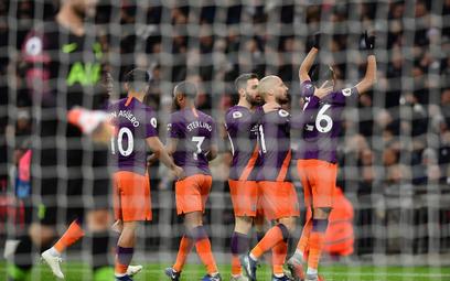 Mahrez dedykuje gola tragicznie zmarłemu właścicielowi Leicester