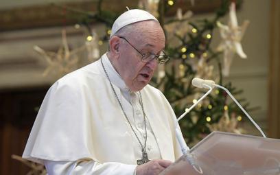 """Papież nazwał Maradonę """"poetą"""" i skrytykował doping w sporcie"""