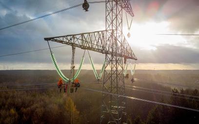 Koncerny energetyczne chciałyby podnieść ceny prądu o 10-15 proc., bo drożeje węgiel  i prawa do emi