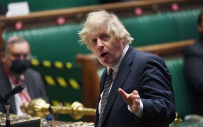 Koronawirus. Rząd Johnsona z nadzwyczajnymi uprawnieniami do września