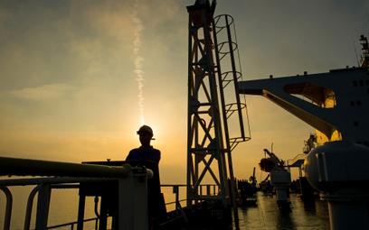 Amerykanie wyrzucają kupców ropy z Iranu