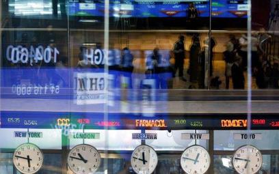 Inwestorzy sprzedają akcje ale podaż nie jest duża