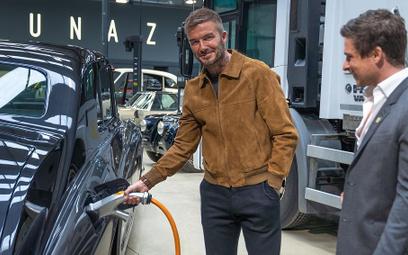 Beckham inwestuje: jego firma przerabia auta na elektryczne