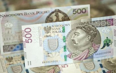 PKO BP nie uważa nominałów 500 zł za polski banknot?