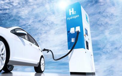 Przyszłość motoryzacji – auta zasilane wodorem czy energią elektryczną z akumulatora?