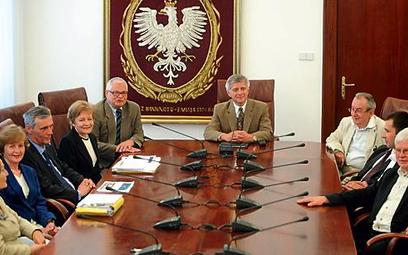 RPP pierwszy raz obraduje pod przewodnictwem nowego prezesa NBP, Marka Belki (na zdjęciu w środku)