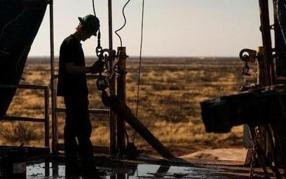 Koncerny wydobywające ropę z łupków w USA zwiększają wydobycie.