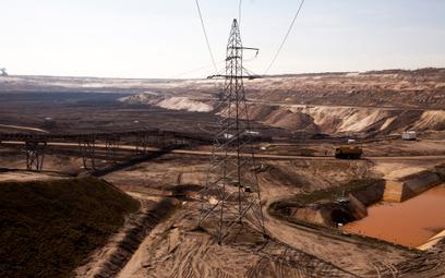 Giełdowe kursy wytwórców prądu szorują po dnie