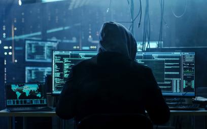 Nasilają się ataki hakerskie na Polskę