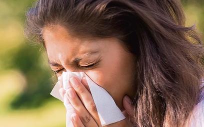 U chorych na alergiczny nieżyt nosa wielokrotnie rośnie ryzyko rozwoju astmy
