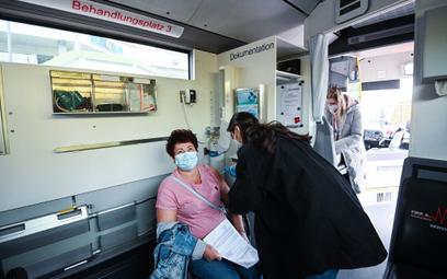 Niemcy: Certyfikat szczepień zastąpi testy