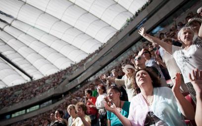 Rekolekcje z udziałem charyzmatyka Johna Bashobory na Stadionie Narodowym