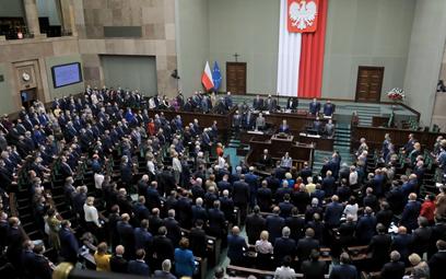 Sejm zdecydował: Rekompensaty za stan wyjątkowy tylko dla turystyki