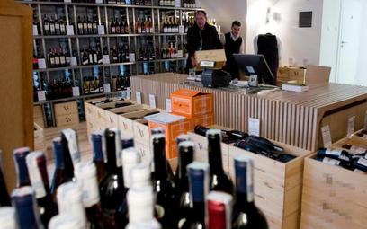 Dyrektor szkoły zwolniona za kradzież alkoholu z dyskontu