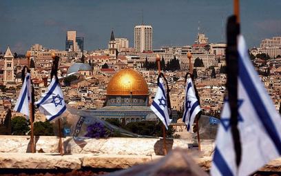 Jerozolima to pole bitwy między Izraelczykami a Palestyńczykami oraz zachodnim sekularyzmem a islams