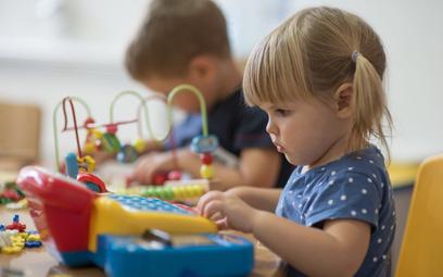 Od 2017 r. gminy muszą zapewniać miejsce w przedszkolach wszystkim dzieciom od 3 do 6 lat