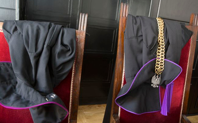 Aneta Łazarska: Dlaczego sędziowie nie ufają pełnomocnikom