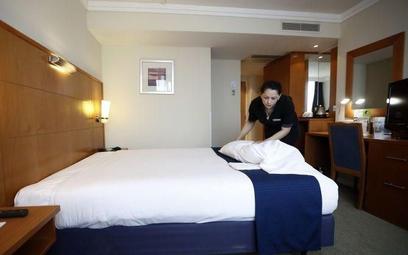 W hotelach wzbiera fala zwolnień