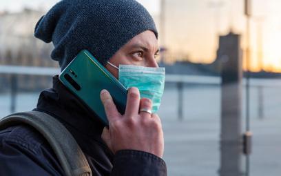 Można wykryć koronawirusa przez smartfona. Nawet bez objawów