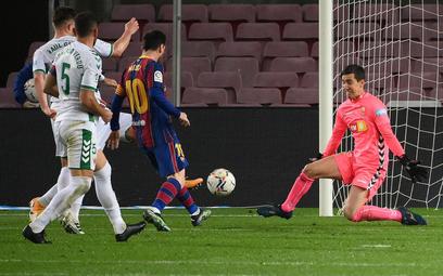 Messi trafia, Barcelona wygrywa