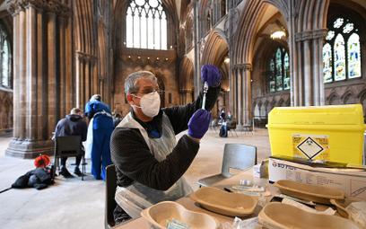 711 tys. Brytyjczyków zaszczepionych w jeden dzień