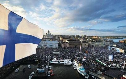 Finlandia będzie testować czterodniowy tydzień pracy? Niekoniecznie