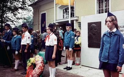 Żegnaj DDR! Przez Warszawę ku wolności