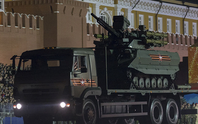 Uran-9 wraca z parady na placu Czerwonym w Moskwie w 2018 r. Fot./mil.ru.