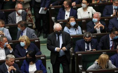 """Kaczyński ukarany za nazwanie opozycji """"przestępcami"""""""
