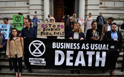 54 proc. Brytyjczyków: Zmiany klimatu mogą zgubić ludzkość