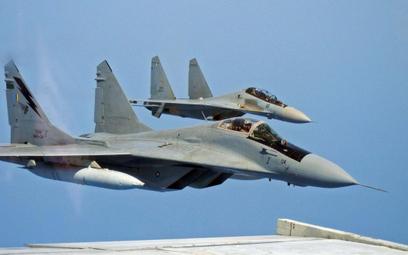 Obecnie Malezja wykorzystują wielozadaniowe samoloty bojowe produkcji rosyjskiej (MiG-29N i Su-30MKM
