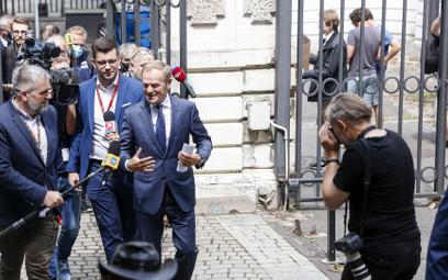 Sondaż: Duży wzrost poparcia dla Koalicji Obywatelskiej, duży spadek Polski 2050