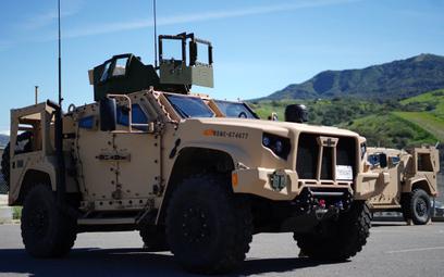 Jeden z pierwszych JLTV dostarczonych zimą tego roku USMC. Pojazdy tej partii służyły do szkolenia i