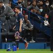 Lionel Messi schodzi z murawy w meczu PSG - Olympique Lyon