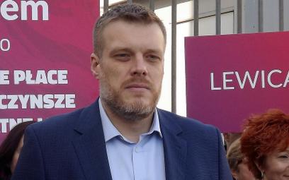 Zandberg: Biedroń miał zrezygnować z mandatu? Niefortunna wypowiedź