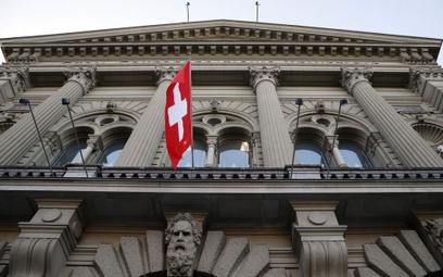 Niesamowita presja na szwajcarskiego franka