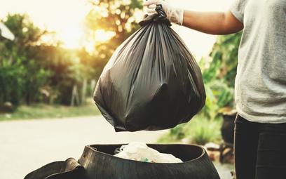 Nie płacisz za śmieci? Zgłoś to, bo potem będą kary