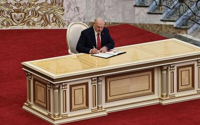 Państwa Europy odmawiają Łukaszence legitymacji