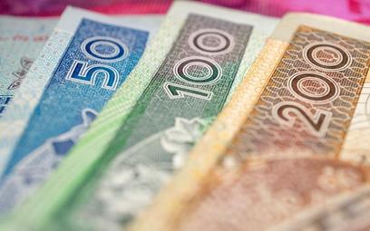 Analiza danych pomoże łapać oszustów wyłudzających VAT