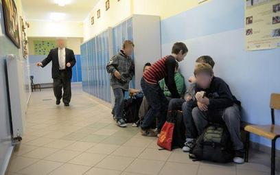 Mniej rygorystyczne wymagania od dyrektora szkoły