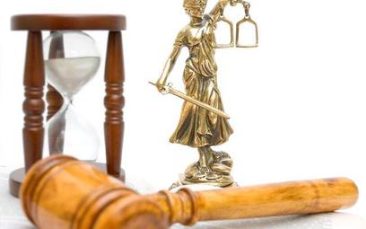 Sądy spowalnia zła organizacja i mało sprawni sędziowie