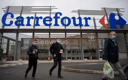 Francuski rząd broni Carrefoura. Sieć pozostanie narodowa?