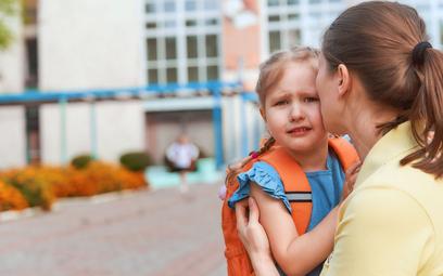 RPD: rodzice, mimo pandemii, mają prawo być ze swoim dzieckiem w przedszkolu i żłobku