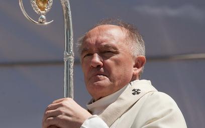 Kardynał Kazimierz Nycz: Małżeństwo jest podstawą rodziny