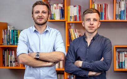 Remigiusz i Paweł Kruszelniccy Źródło: Odrabiamy.pl