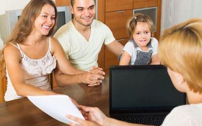 Spada zdolność kredytowa rodziny z dzieckiem