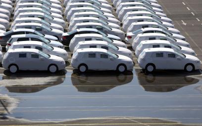 Spadki zamówień i przerwy w produkcji rujnują branżę motoryzacyjną
