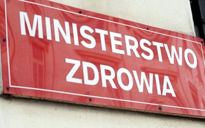 Warszawa w czerwonej strefie. 152 powiaty z obostrzeniami