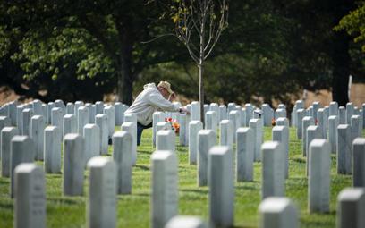 Amerykanie nie odbierają swoich zmarłych
